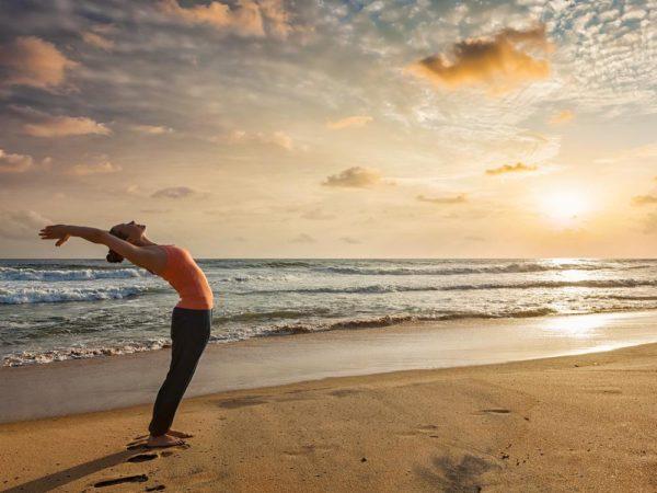Yoga hilft bei Tinnitus