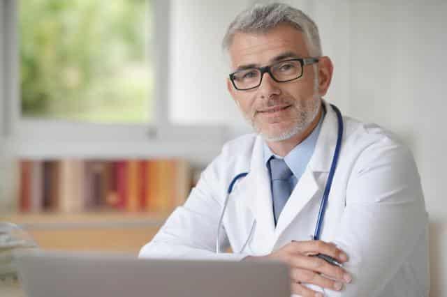 Ohrgeraeusch, Rauschen, Pfeifen, Piepen, Zischen, Sausen: Wann zum HNO-Arzt?