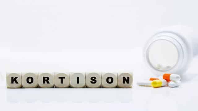 Kortison-Behandlung bei Tinnitus und Hörsturz